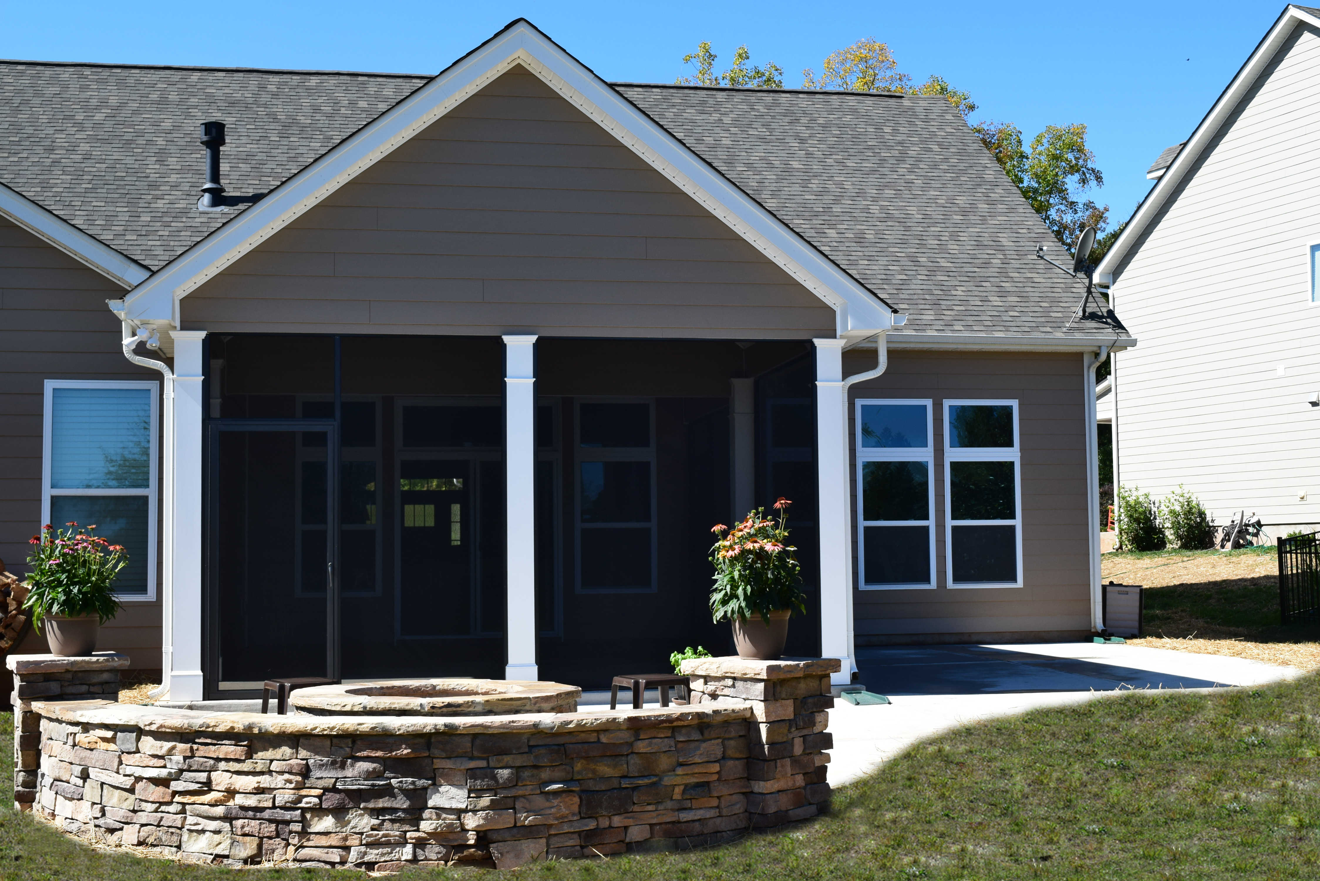 Charlotte Screen Porch Patio With Stone Fire Pit Lake Norman Mooresv