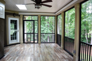 JAG Construction Screen Porch Interior