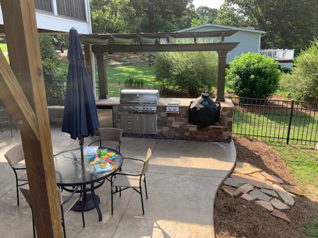 Outdoor Grilling Station in Terrell NC